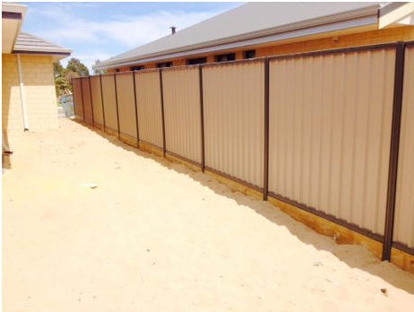 Colorbond fence installation with plinths