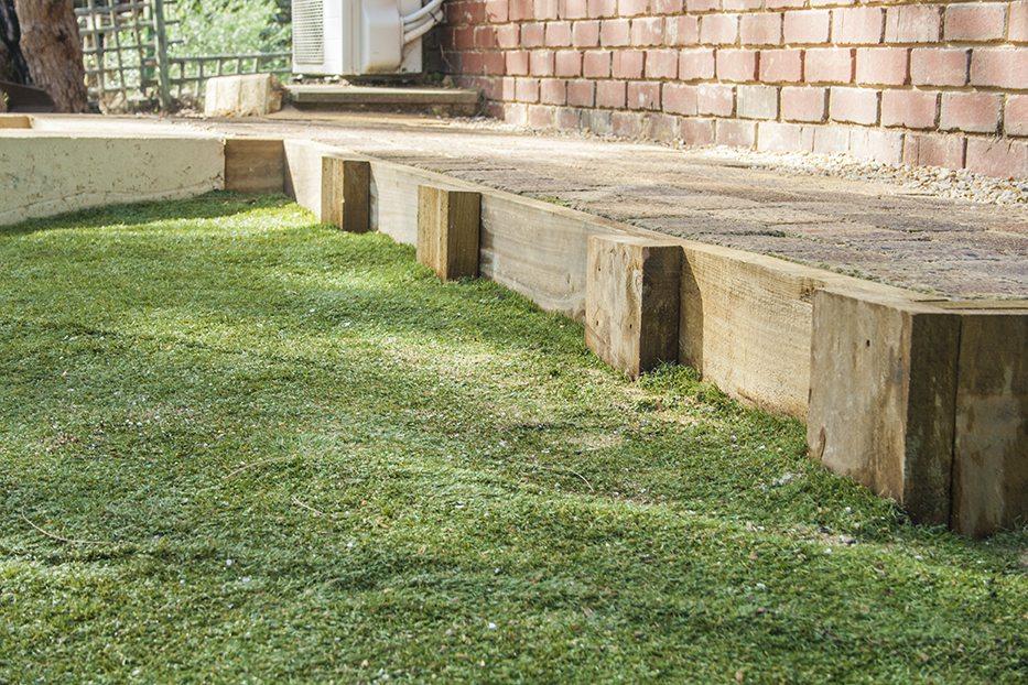 timber retaining
