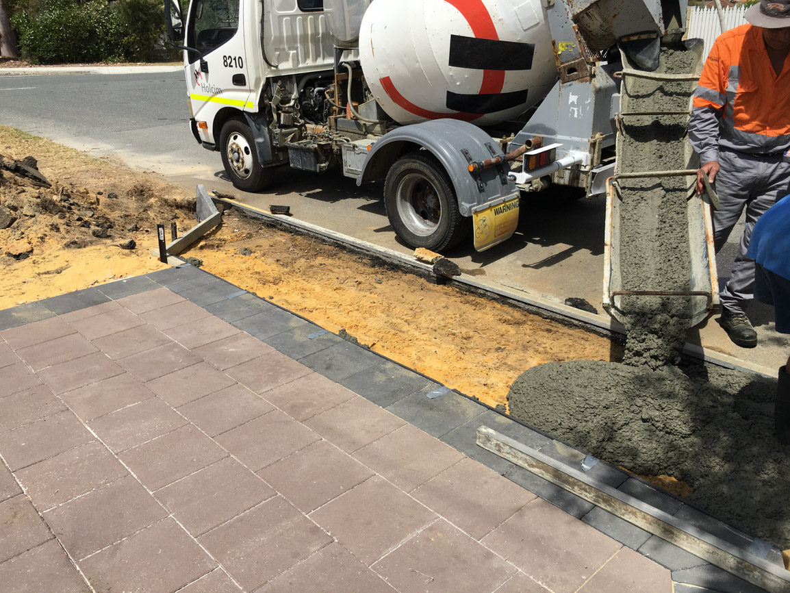 council crossover poured concrete alfred cove