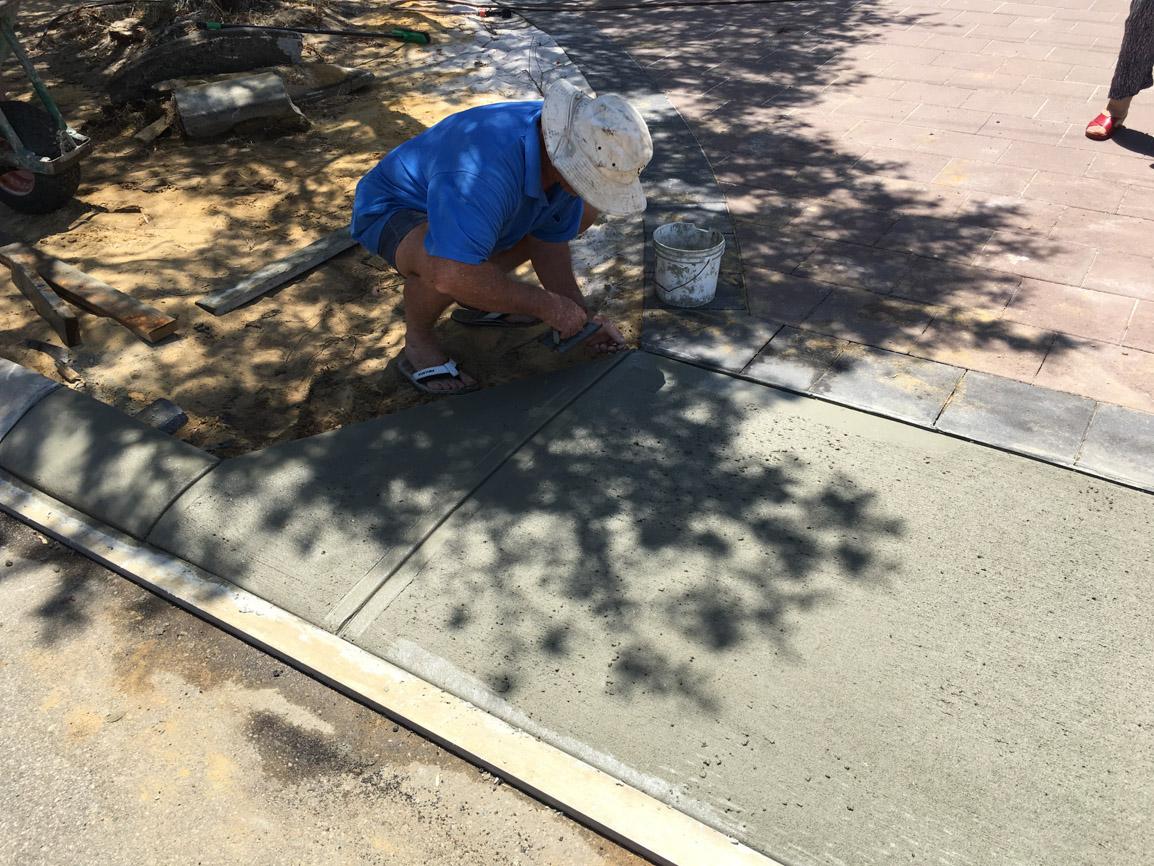 council crossover poured concrete alfred cove