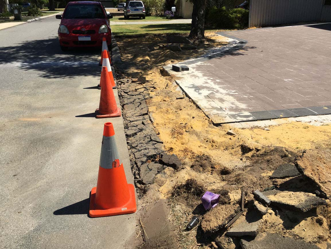 verge treatment Alfred Cove concrete council vehicle crossover