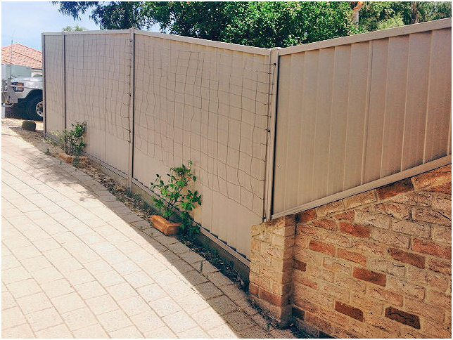 Colorbond fence installation on uneven 2